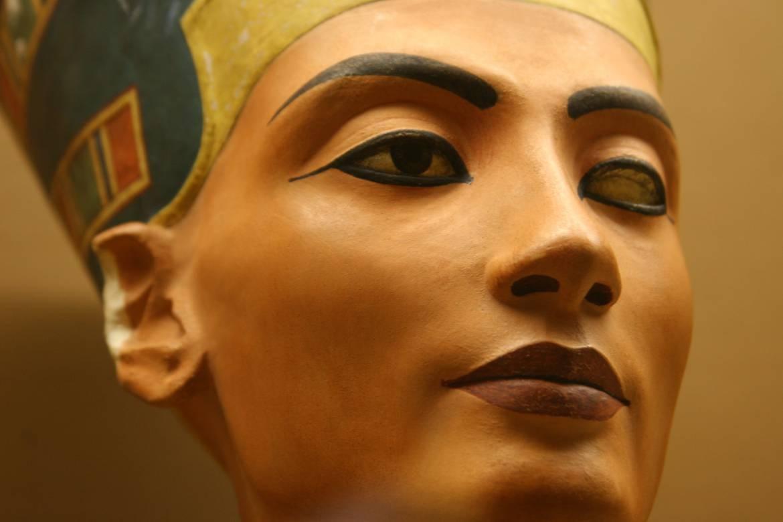 ancient egypt makeup ile ilgili görsel sonucu